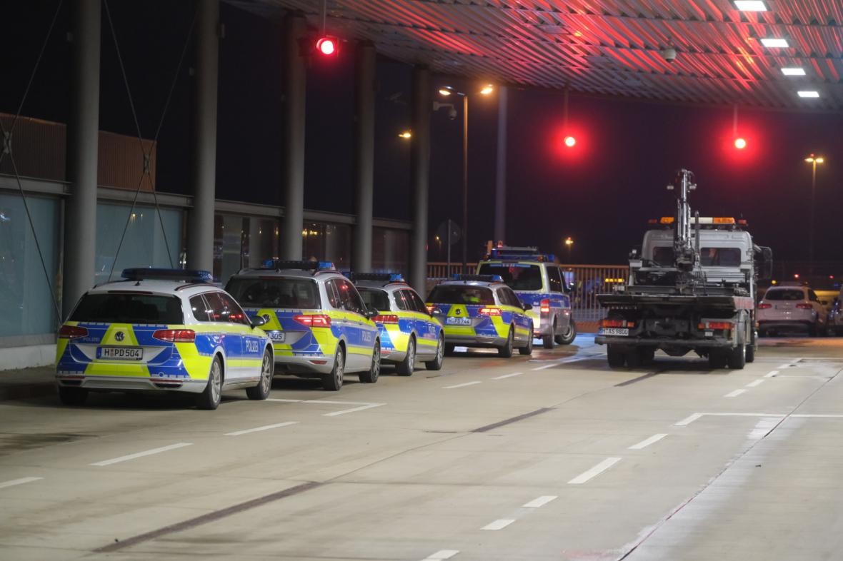 Bezpečnostní složky na letišti v Hannoveru