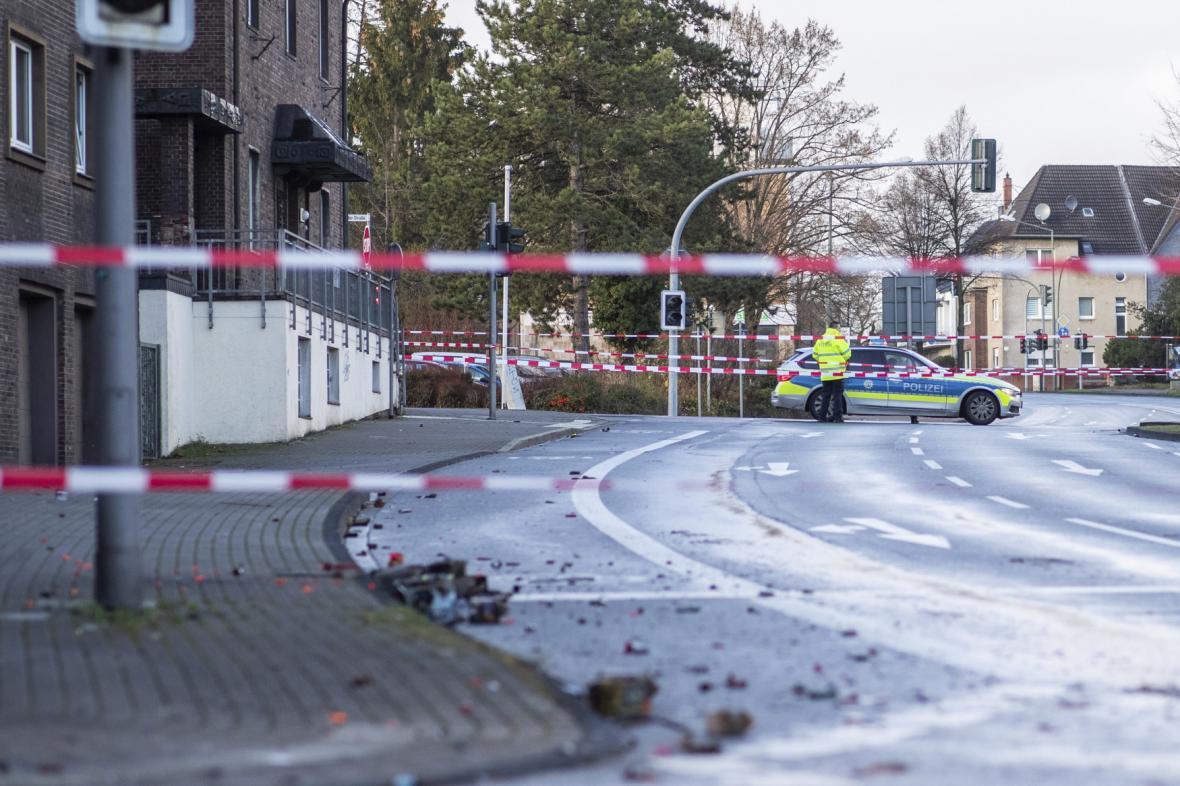 Policie v německém Bottropu, kde muž najel do lidí
