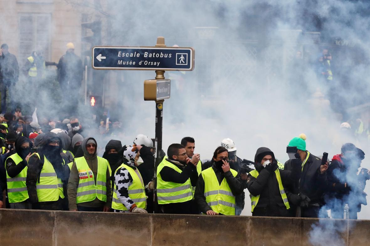 Demonstrace takzvaných žlutých vest v Paříži