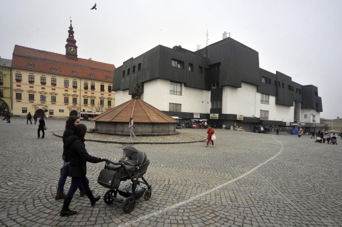 Prior na Masarykově náměstí v Jihlavě