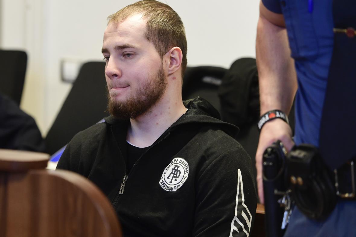 Dominik Kobulnický před soudem