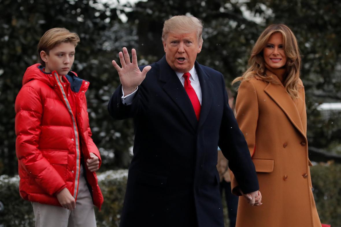 Prezident Donald Trump s manželkou Melanií a synem Barronem