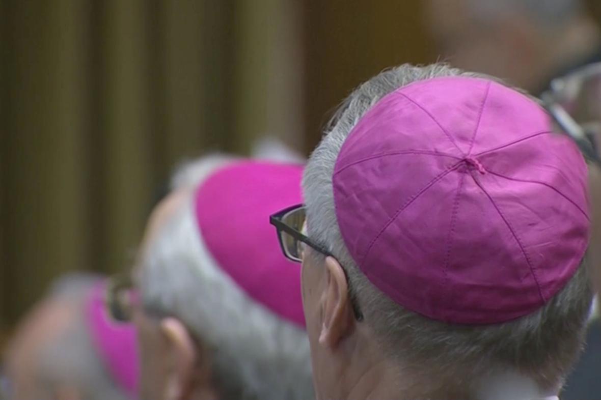Církevní summit ve Vatikánu