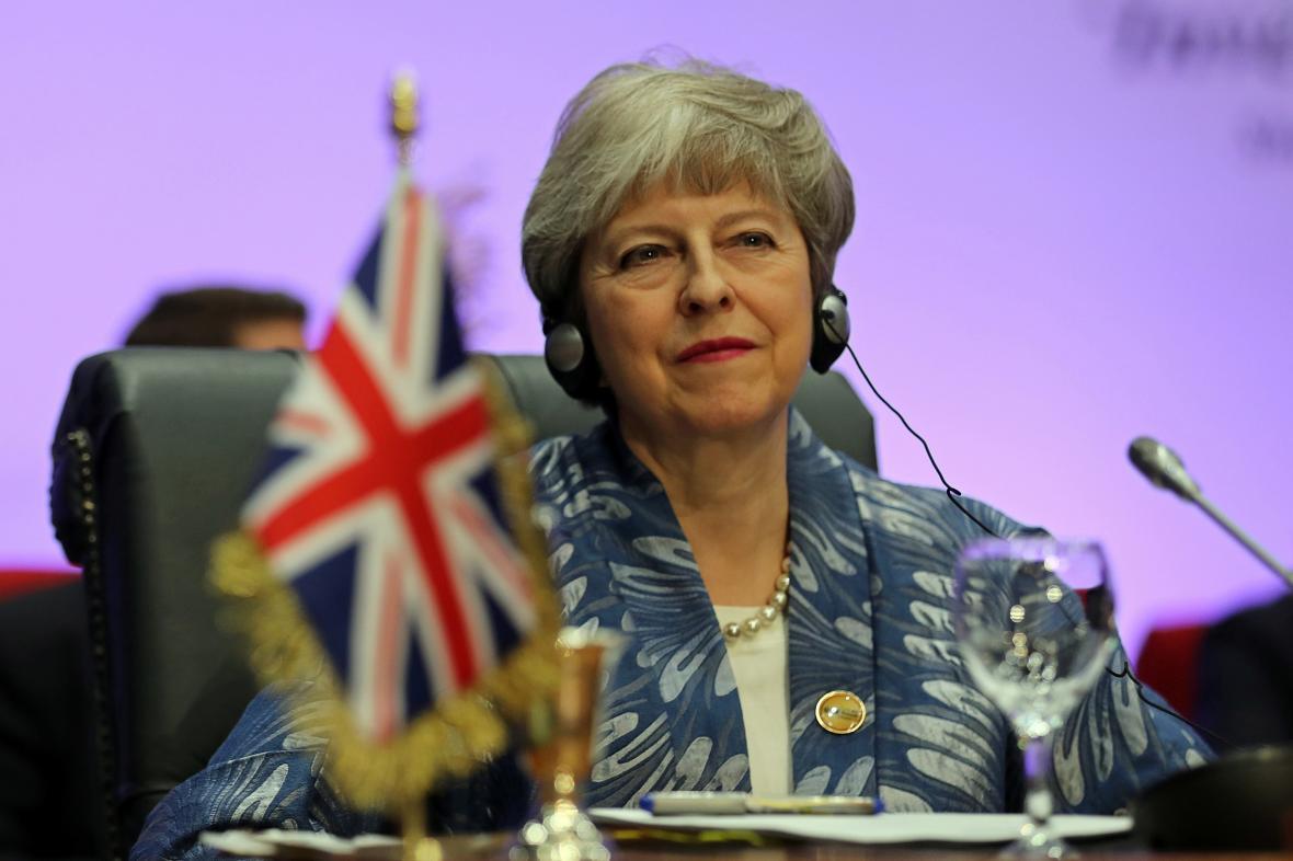 Theresa Mayová na summitu Ligy arabských států a EU