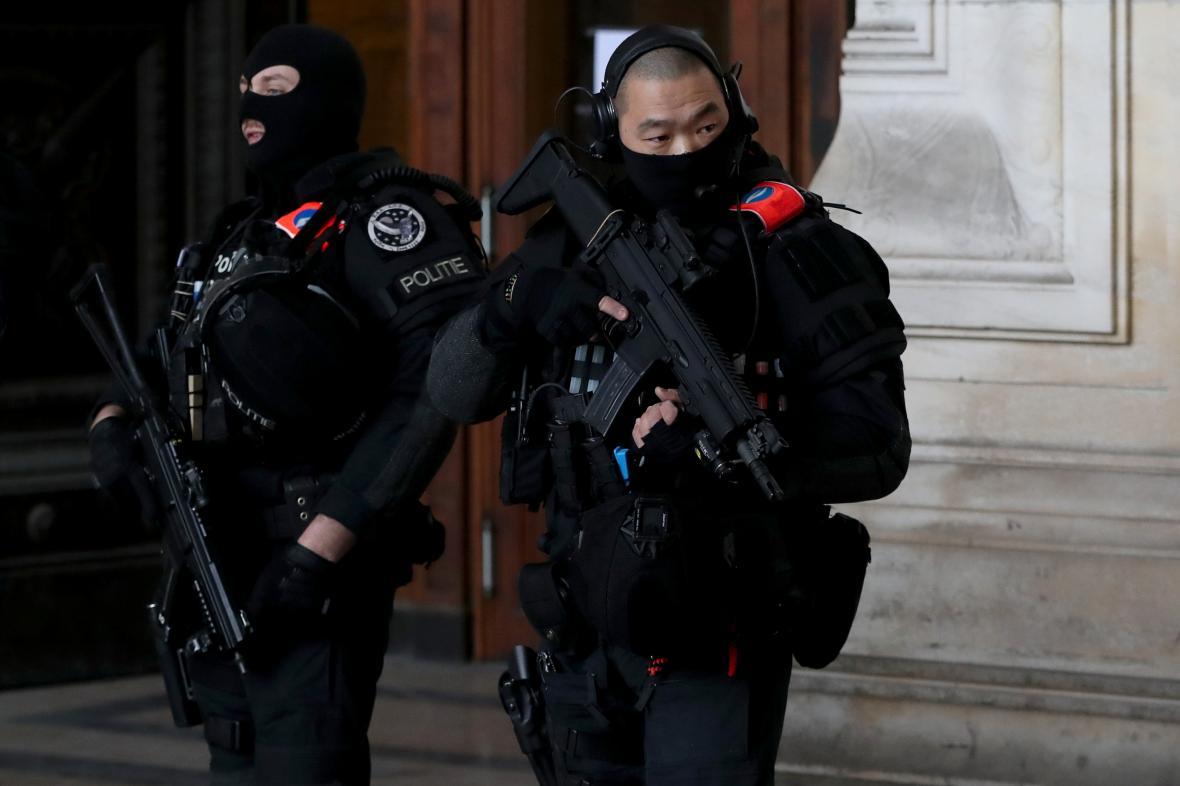 Soud s atentátníkem z židovského muzea v Bruselu