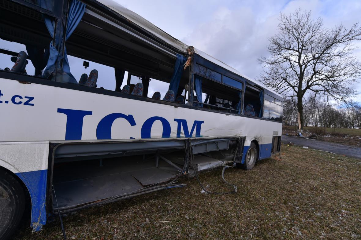 Nehoda autobusu u Věžničky na Jihlavsku