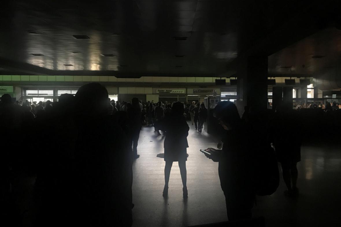 Výpadek elektřiny na letišti ve Venezuele