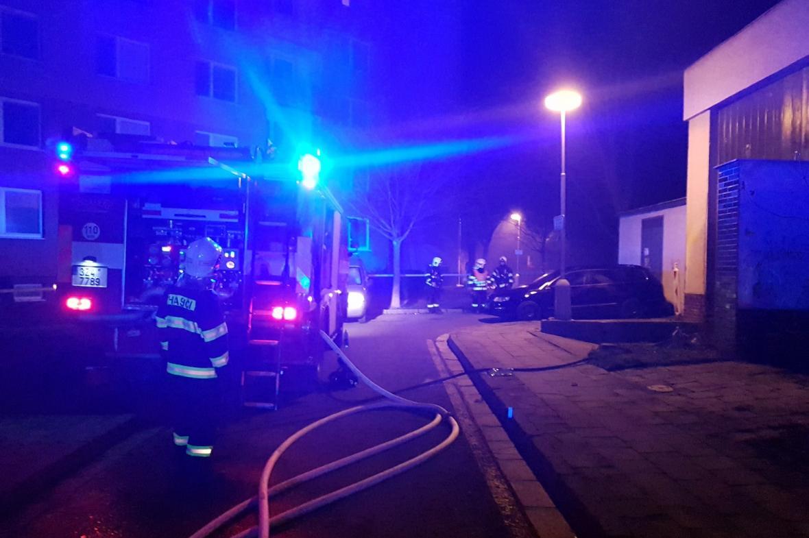 Hasiči likvidují požár kotelny v Kroměříži