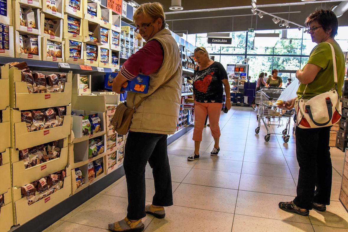 Z řetězců působících v Česku sází na privátní značky hlavně Lidl