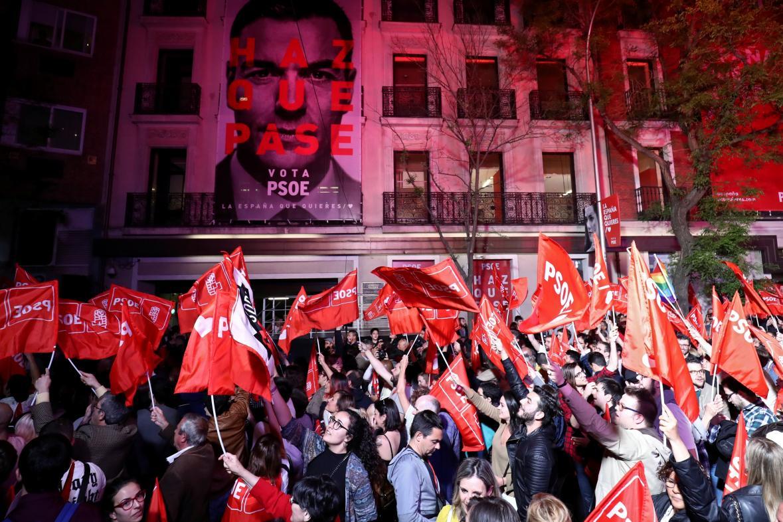 Příznivci socialistů očekávají výsledky voleb