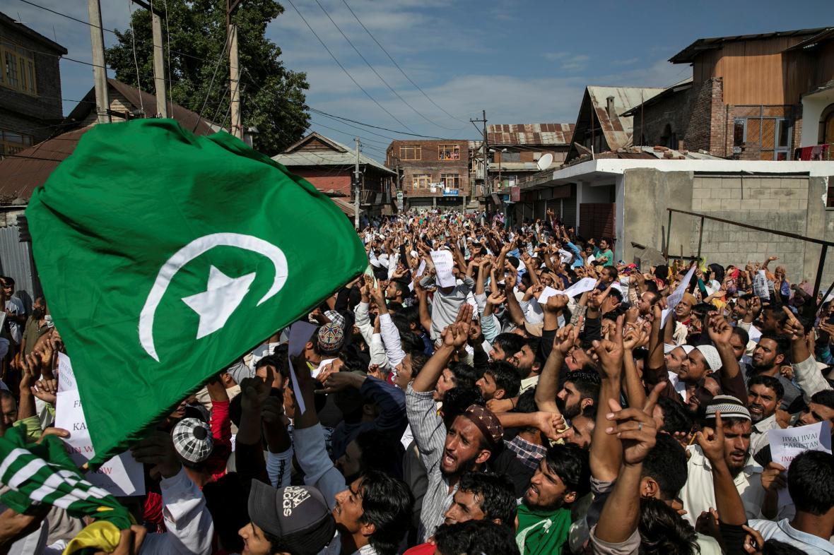Protesty proti postupu indické vlády v Kašmíru