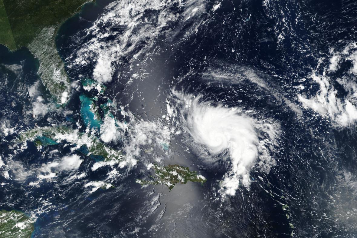 Silný hurikán Dorian míří k Floridě
