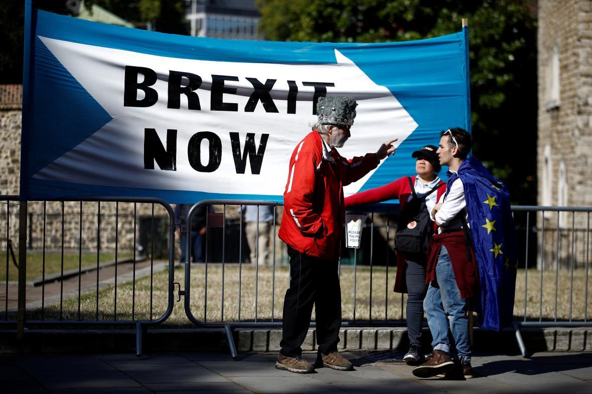 Zastánci a stoupenci brexitu v Londýně