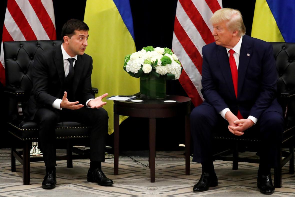 Prezidenti Ukrajiny a USA Volodymyr Zelenskyj a Donald Trump