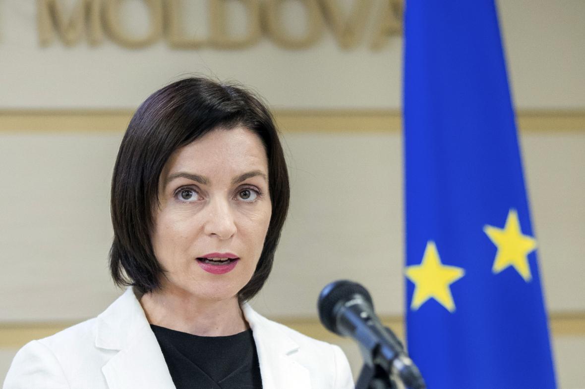 Maia Sanduová