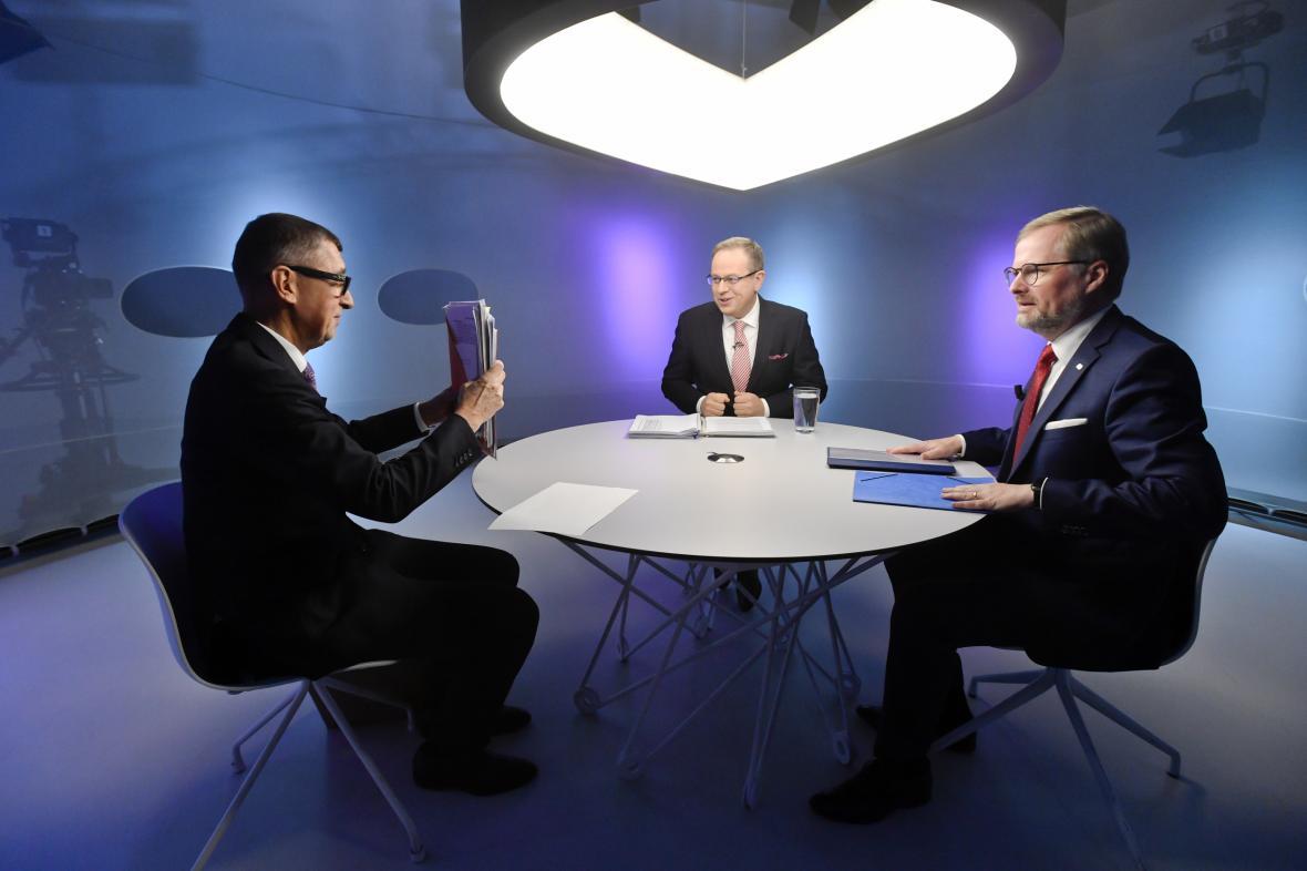 Premiér a předseda ANO Andrej Babiš (vlevo) a předseda ODS Petr Fiala (vpravo)