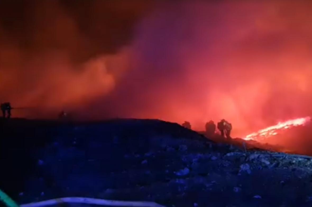 Požár u Zdechovic na Pardubicku