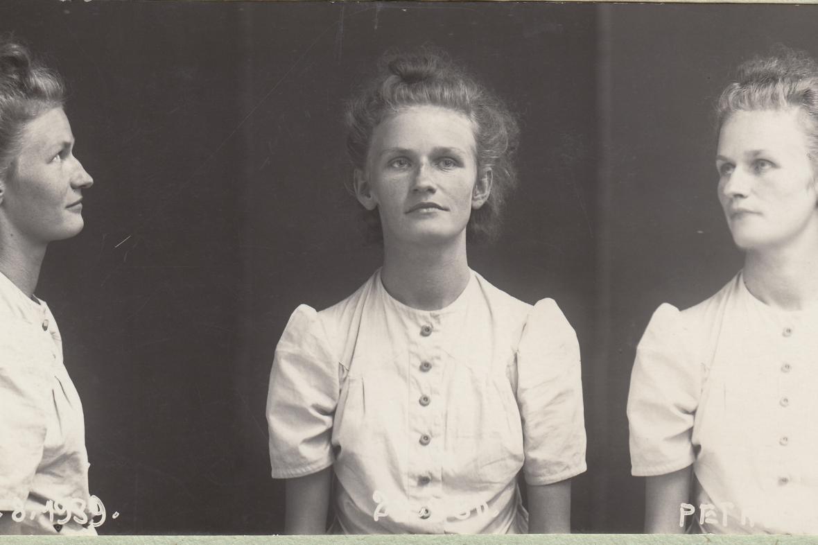 Marie Pětrošová na fotografii gestapa