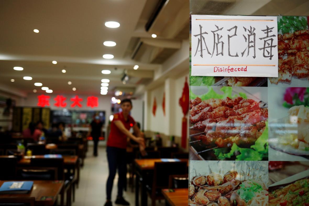 Čínská restaurace s ujištěním o tom, že je kvůli koronaviru