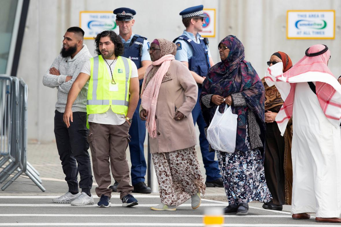 Muslimové v Christchurchi si připomínají rok od útoku