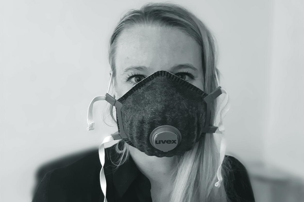 K. Ch. s respirátorem