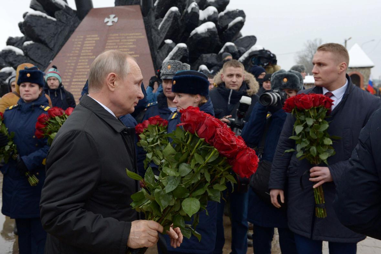Putin pomník
