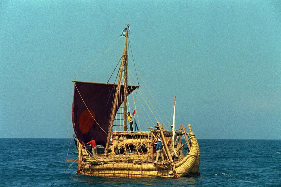 Expedice Thora Heyerdahla Ra-II při plavbě přes Atlantský oceán