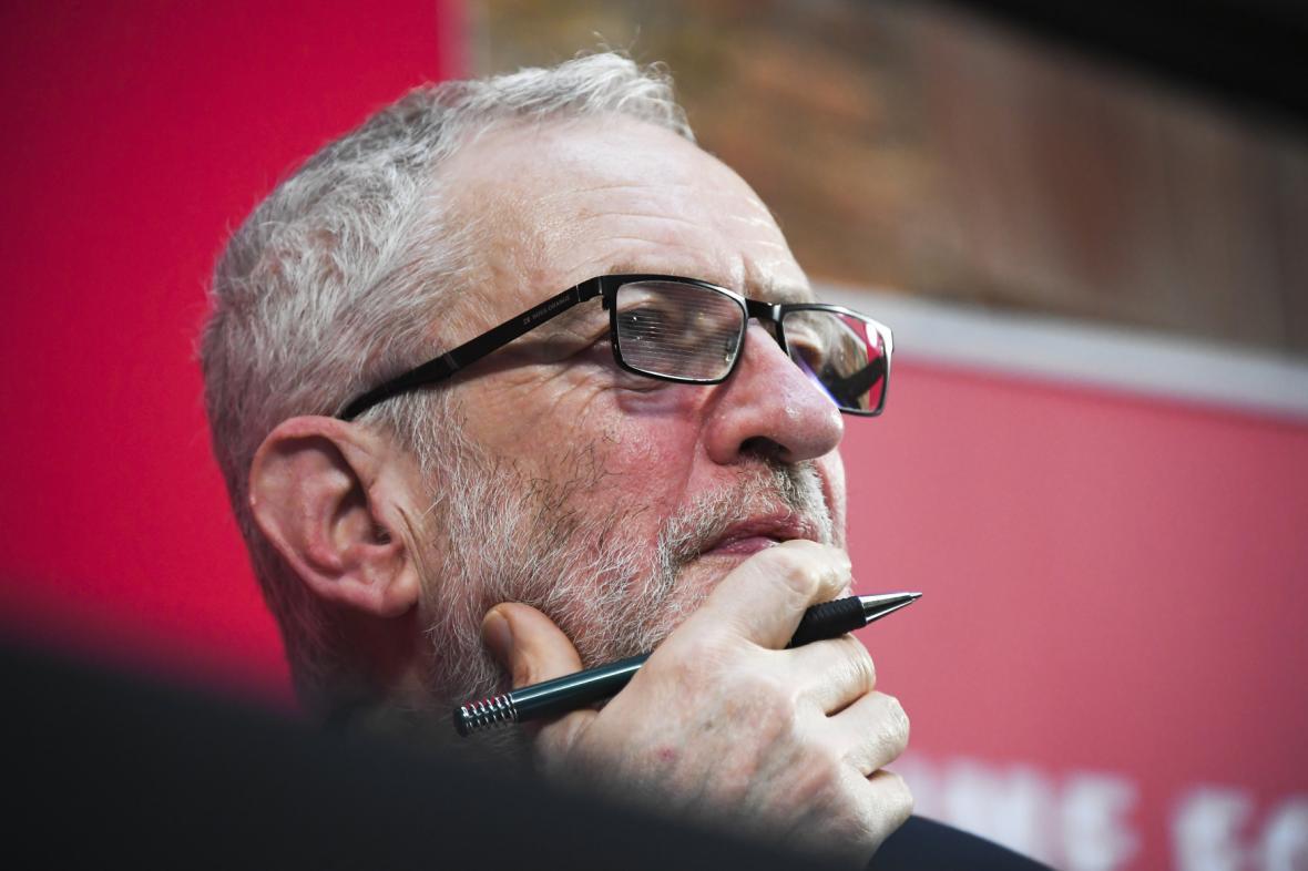 Exšéf labouristů Jeremy Corbyn
