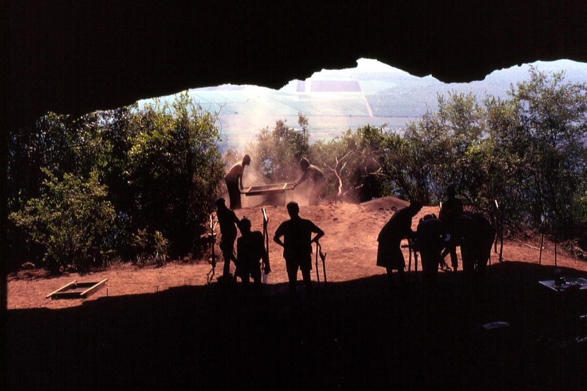 Ústí jeskyně Border