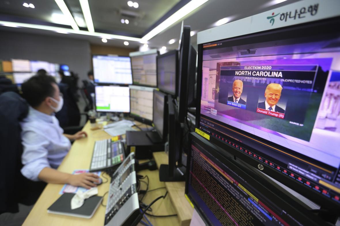 Reakce burz na volby v USA