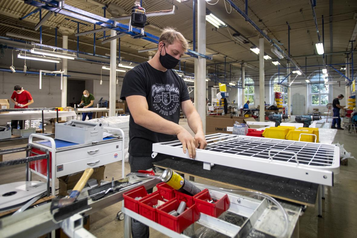 Výroba nemocničních lůžek
