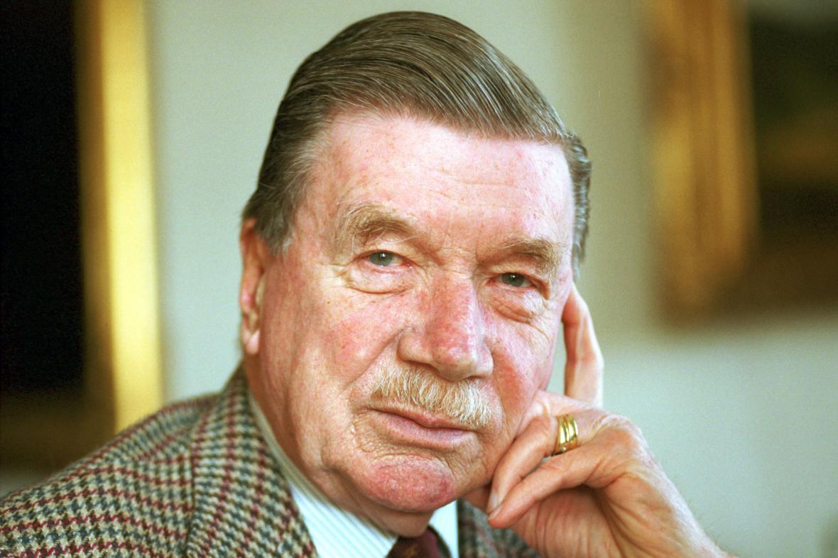Hrabě Zdeněk Sternberg (na snímku z roku 2004)