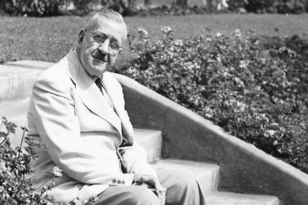 Heinrich Mann v exilu v USA v roce 1943