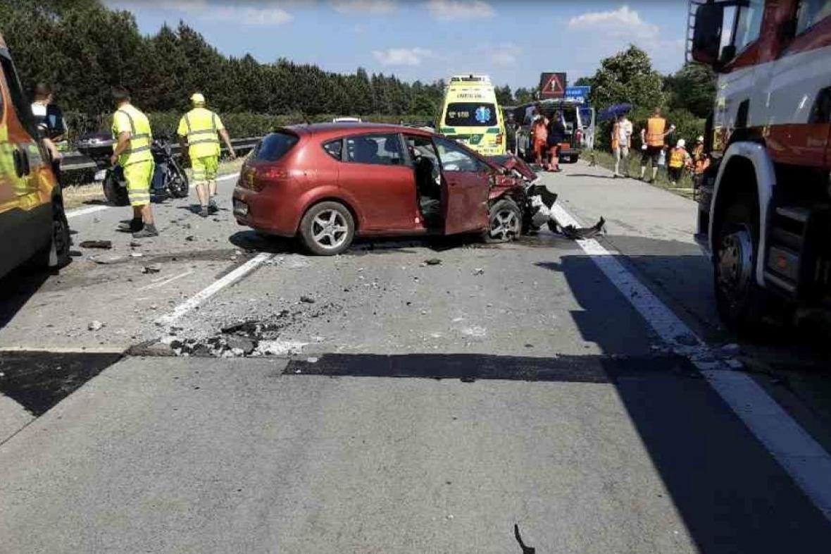 Nehoda na D35
