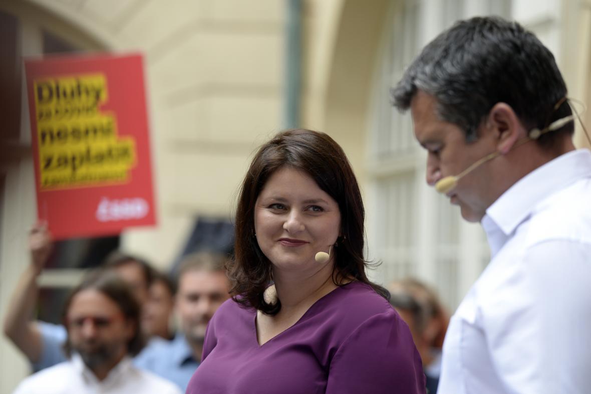 Jana Maláčová a Jan Hamáček na zahájení kampaně ČSSD před sněmovními volbami