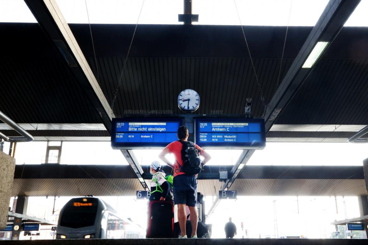 Strojvedoucí nákladní dopravy německých drah vstupují do stávky