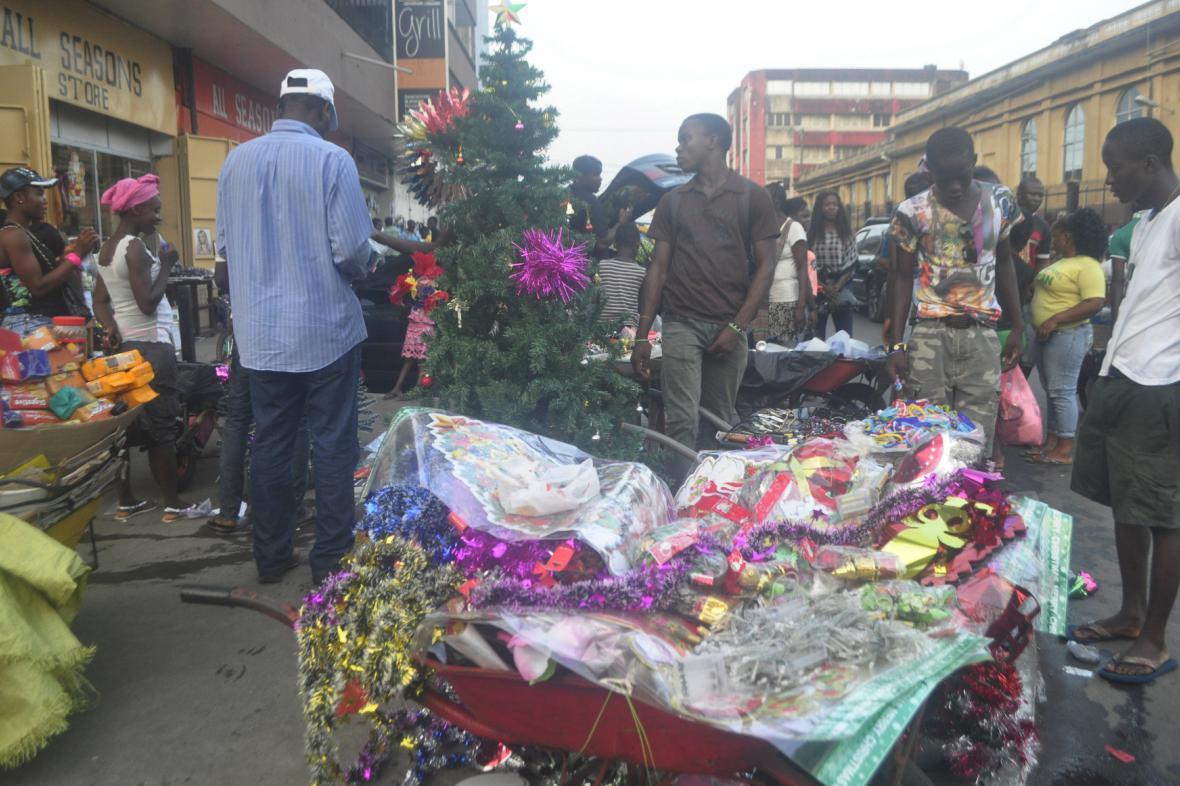 Liberijci se snaží slavit svátky i přes hrozbu eboly