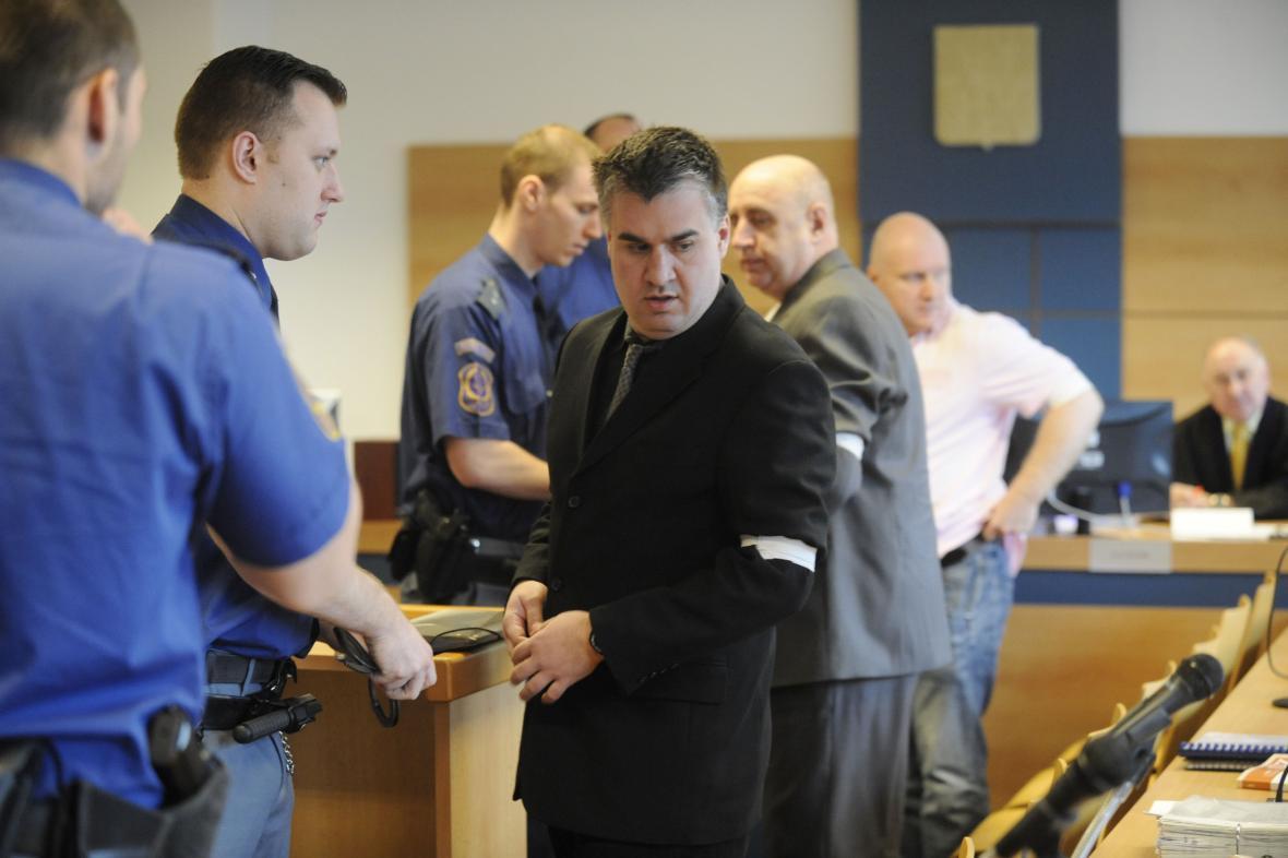 Hlavní obžalovaní: Tomáš Křepela, Jiří Vacula a Rudolf Fian (zleva)