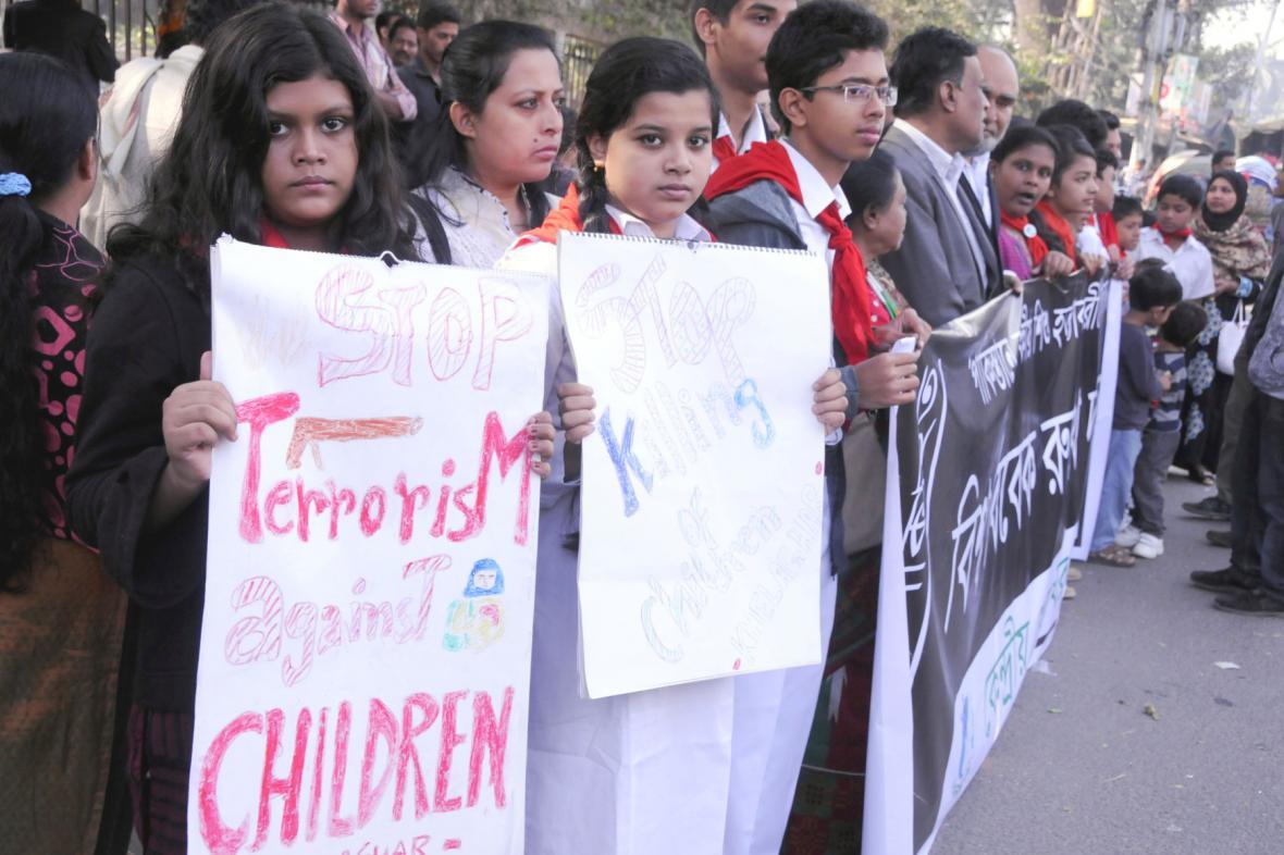 Děti protestují proti vraždám