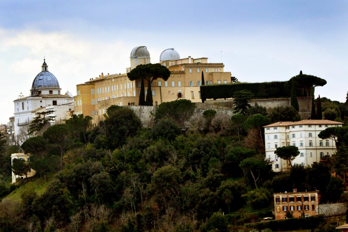Letní sídlo papežů v Castel Gandolfo