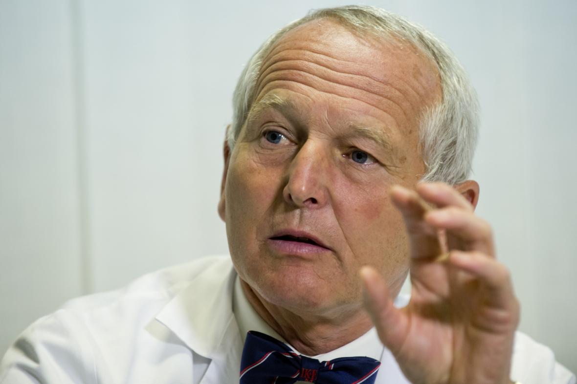 Přednosta kardiocentra pražského Institutu klinické a experimentální medicíny (IKEM) Jan Pirk