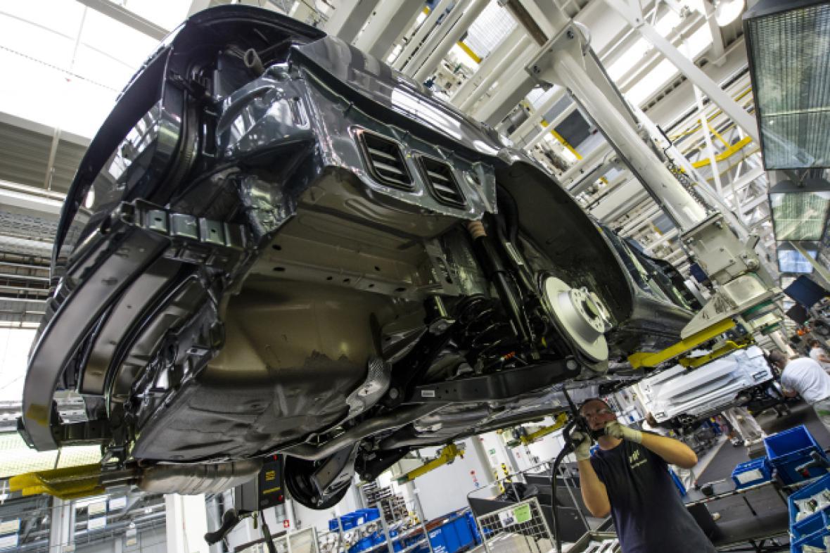 Výroba aut v Česku opět vzrostla