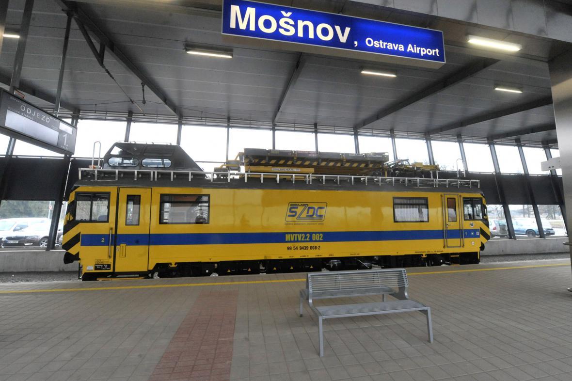 Vlaková doprava na letiště Mošnov