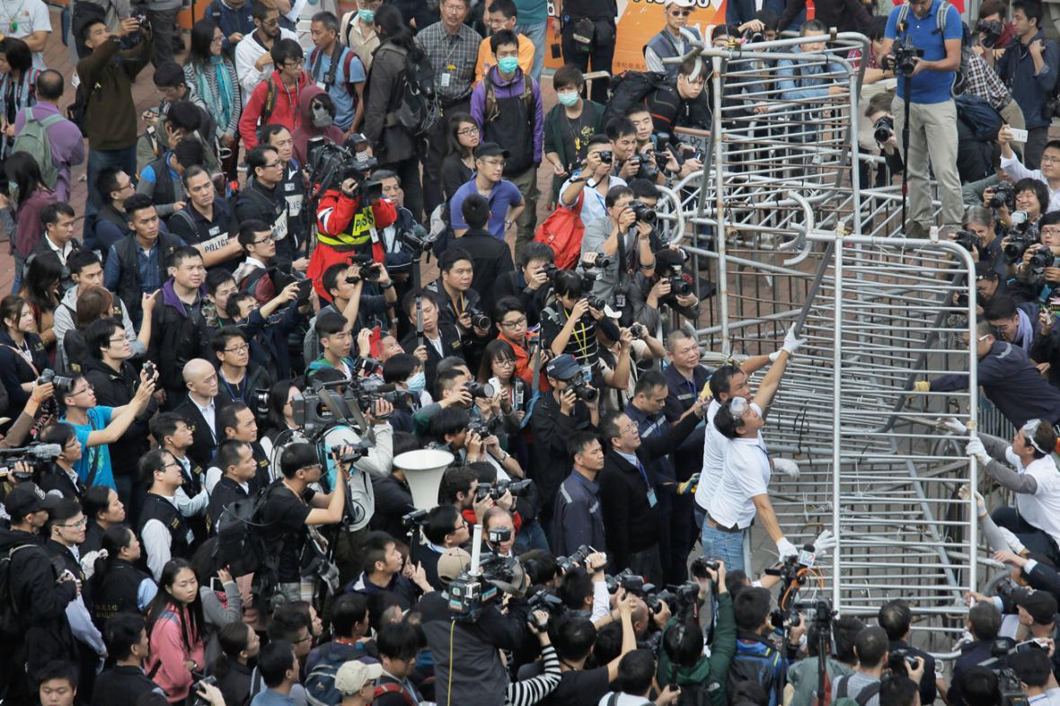 Odklízení zátarasů v Hongkongu