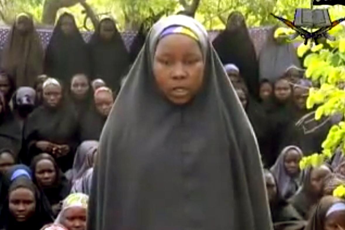 Unesená Nigerijka na videu zveřejněném sektou Boko Haram