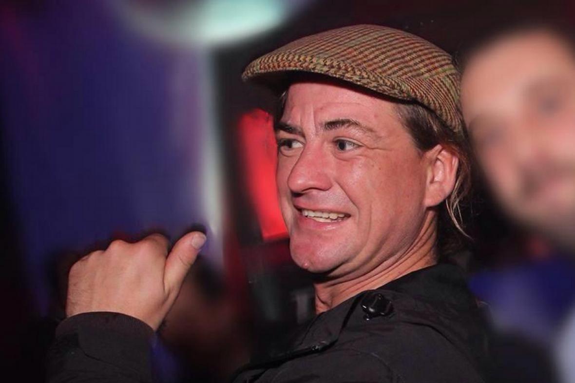 Karl Law na fotografii týden před zmizením