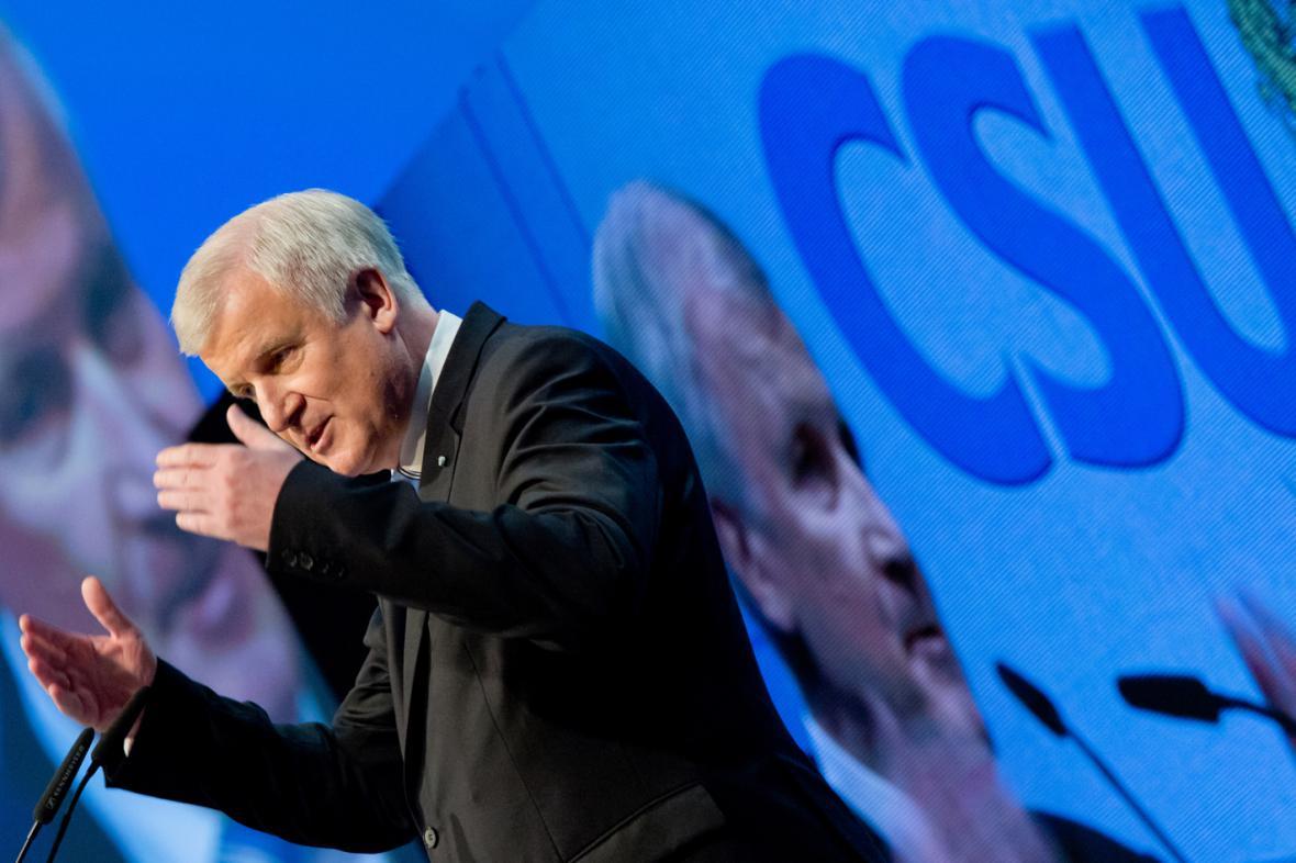 Předseda CSU Horst Seehofer