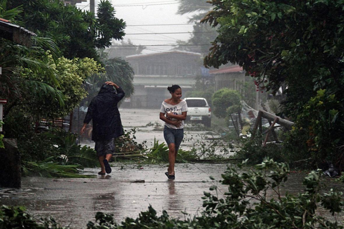 Tajfun Hagupit ve filipínské provincii Cebu