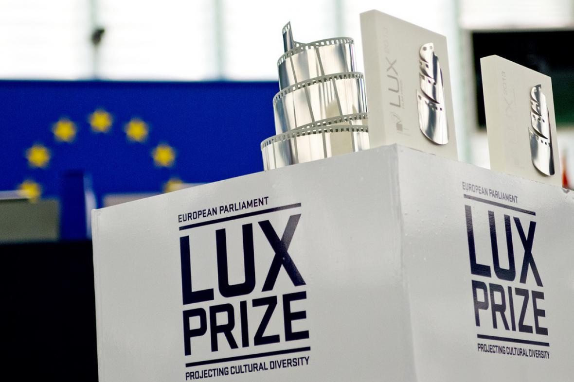 Cena Lux