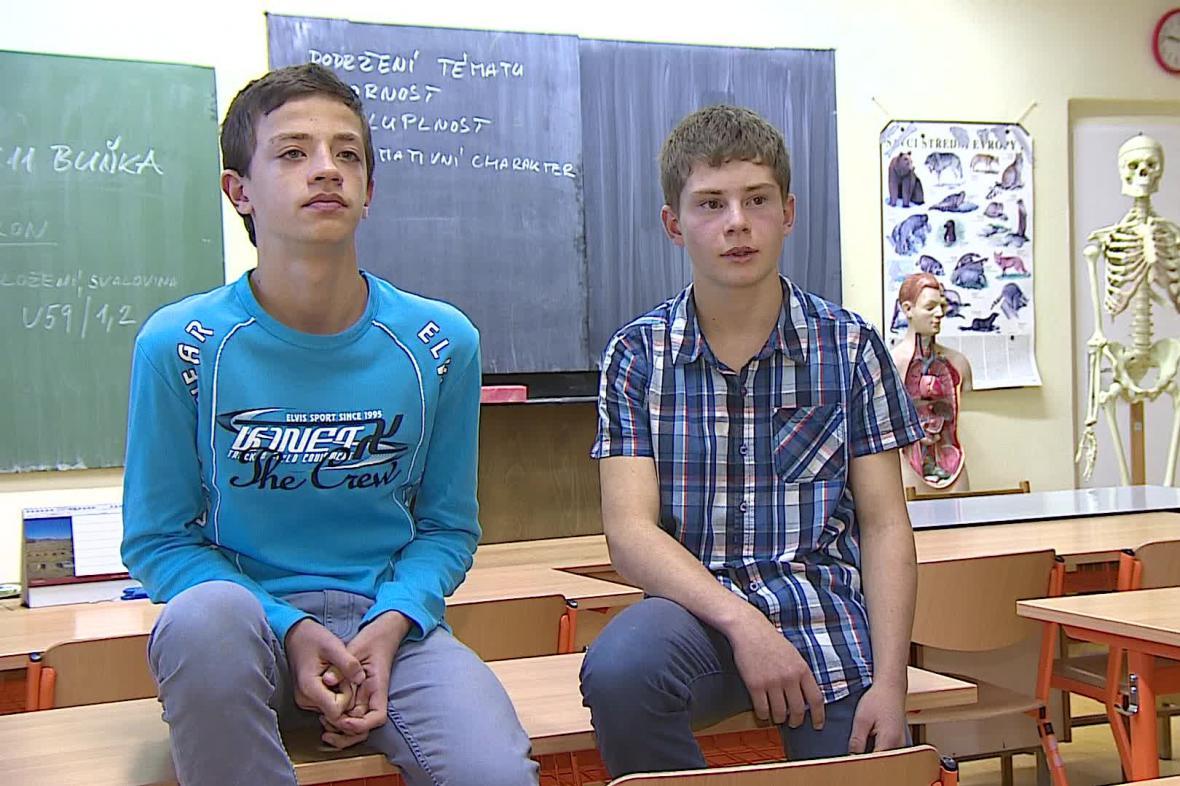 Jan Záviška a Martin Florián oživili muže se zástavou srdce